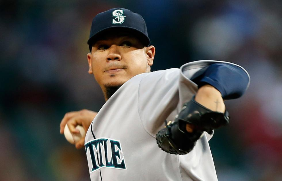 Mariner's Wife Charged with Stealing Debit Card from Another M's Wife, Spending $180K Online