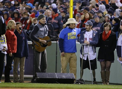 World Series Honors Boston Marathon Victims