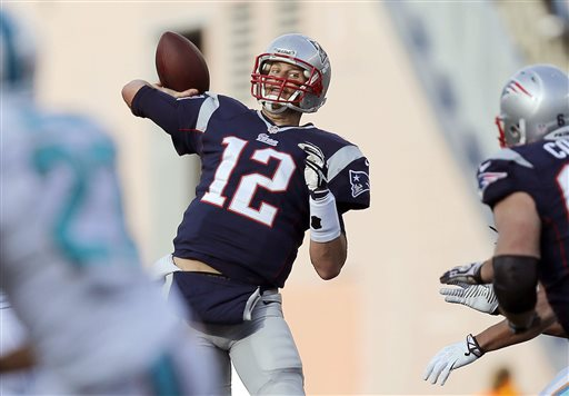 Patriots, Brady Shake Off Poor Half, Beat Dolphins 27-17