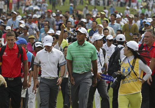 McIlroy Beats Woods in Lucrative 18-hole Exhibition in China
