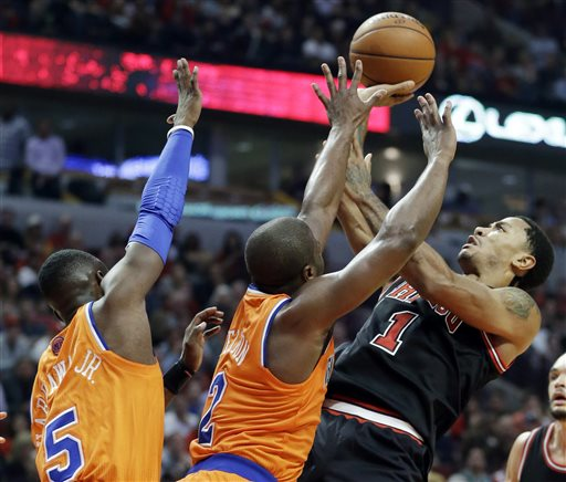 Derrick Rose Returns to Chicago, Hits Game-Winning Floater Against Knicks