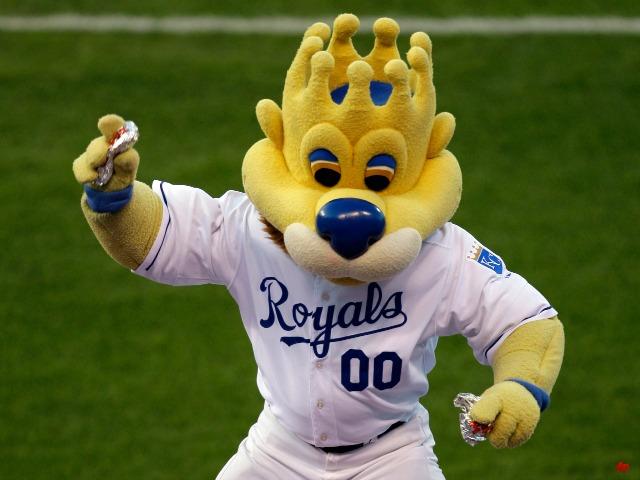 Fan Injured by Hotdog Suing Kansas City Royals