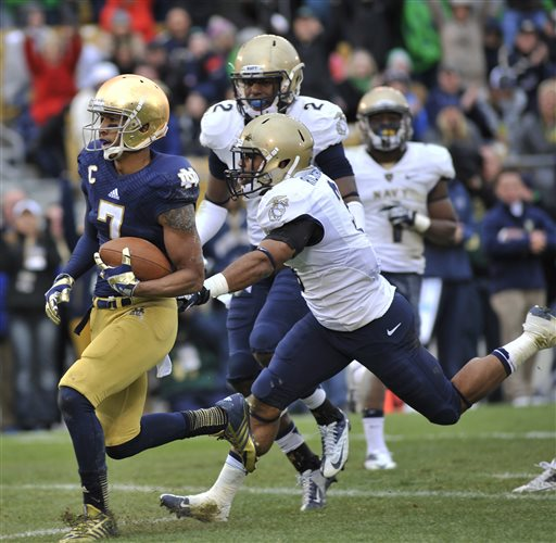 Notre Dame Barely Beats Navy 38-34