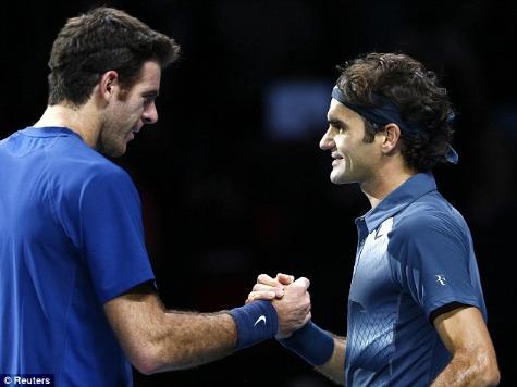 Federer Advances to Semifinals Against Nadal at ATP World Tour Finals