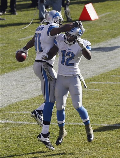 Lions in First in NFC North After Beating Bears, Injured QB Cutler
