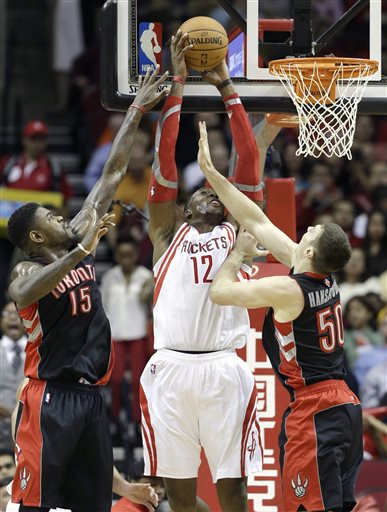 Lin Scores 31, Howard Grabs 18 Rebounds in Rockets Win over Raptors in 2 OTs