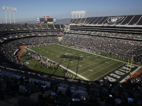 Marine Corps Vet Had 'No Fear' Trying to Catch Woman Who Jumped from Oakland Coliseum
