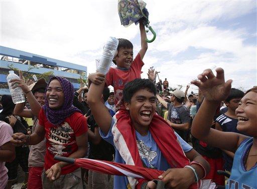 Filipino Typhoon Survivors Cheer Pacquiao Triumph
