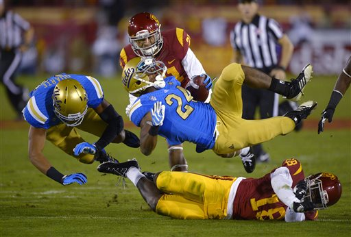 Hundley Leads No. 22 UCLA Past No. 23 USC 35-14