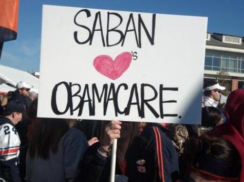 Auburn Fan Goes for 'Biggest Insult,' Holds Up 'Saban Loves Obamacare' Sign
