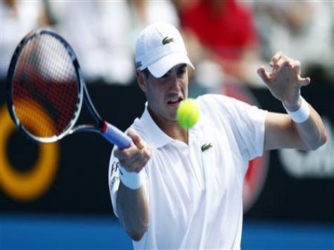 Australian Open: American John Isner Out