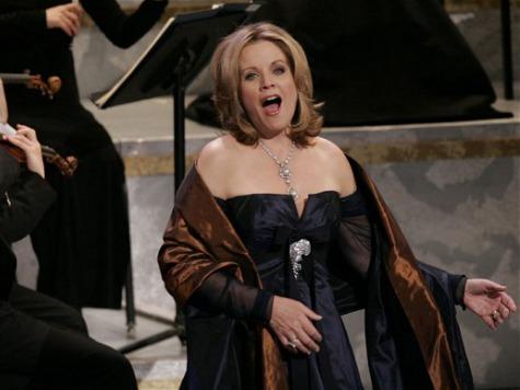 Super Bowl Gets National Anthem Singer