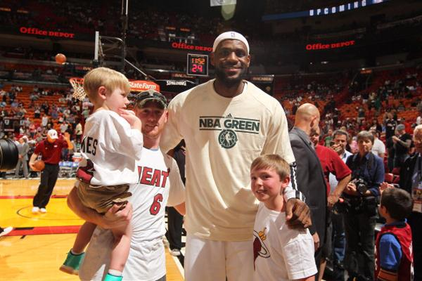 Story of Loving Long Brothers Touches Bristol Palin, LeBron James