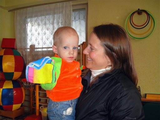 On Russian TV, US Mom Urges Waiver to Adoption Ban