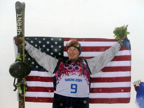 Sochi 2014: US Snowboarder David Wise Wins Gold Medal in Freeski Halfpipe