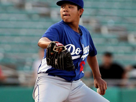 He's 17. He Throws 98. And He Wants to Pitch for the Dodgers Before He Can Legally Vote.