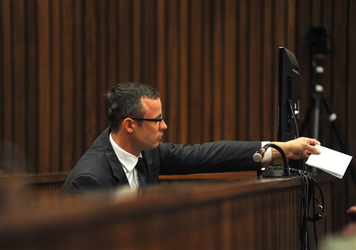 Pistorius Trial: Cell Phone Texts Show Tensions
