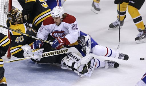Bruins Beat Canadiens 4-2 to Take 3-2 Series Lead