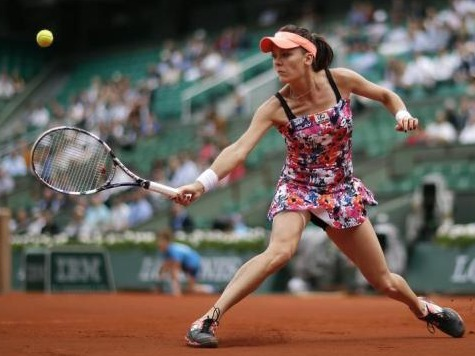 Agnieska Radwanska, #3, Loses to Unseeded Ajila Tomljanovic at French Open