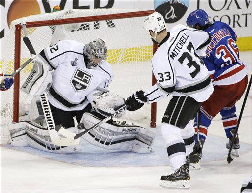 Kings Win Game 3 Behind Jonathan Quick, One Game from Stanley Cup