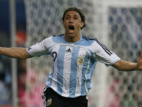 Hernan Crespo: Get Argentina Out Right Away if Team Wins World Cup Because They Might Be Killed