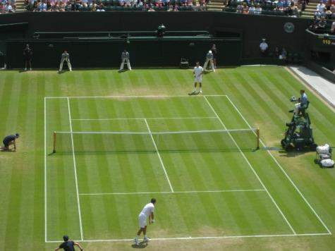 Roger Federer, Stan Wawrinka Set Up First All-Swiss Quarterfinal Match at Wimbledon