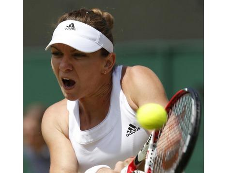 Simona Halep, Sabine Lisicki Advance to Wimbledon Quarterfinals