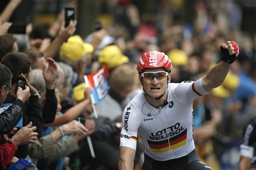 Greipel Wins 6th Tour de France Stage in a Sprint
