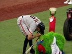 Hunter Pence Saves Phillie Phanatic, Then the Giants