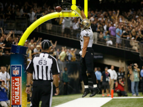 Jimmy Graham Draws Two Penalties for Dunking Over Goalpost, Vows to Stop