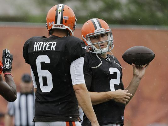 Carry My Clipboard: Brian Hoyer Wins Starting Job over Johnny Manziel