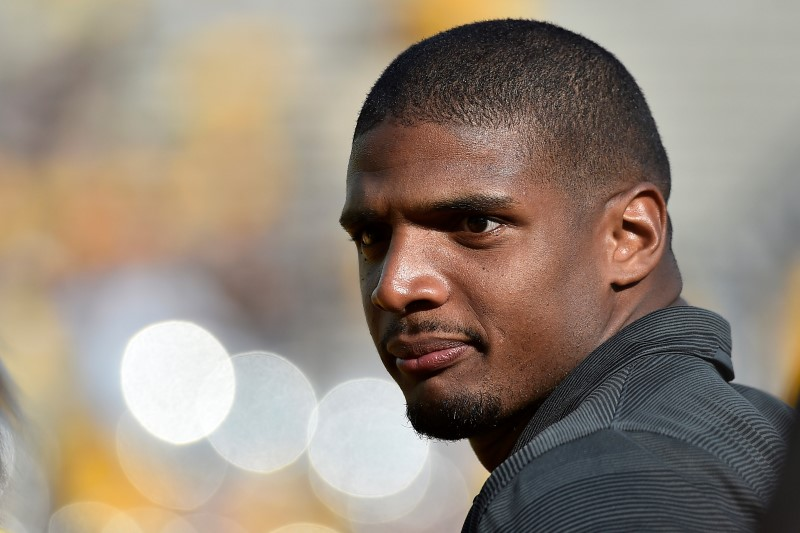Michael Sam Fails to Secure Spot on Rams' Practice Squad