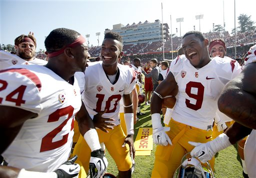 No. 14 USC Holds Off No. 13 Stanford, 13-10