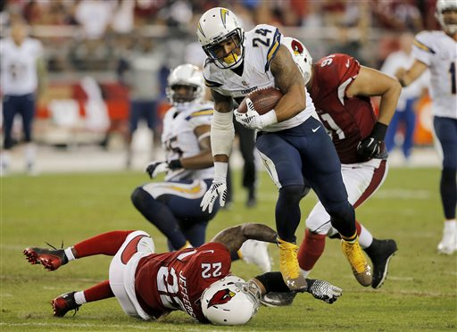 Cardinals Beat Chargers 18-17 in Opener