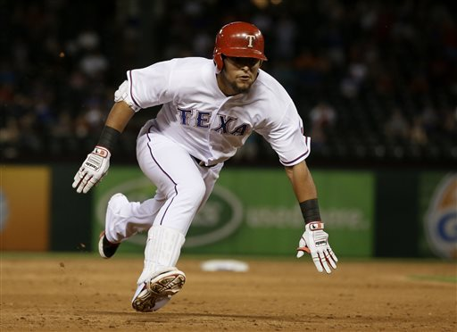 Rangers Win 9th in 10 games, 4-3 over Astros