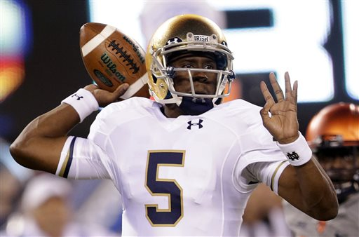 Golson Completes 25 Straight, ND Wins 31-15