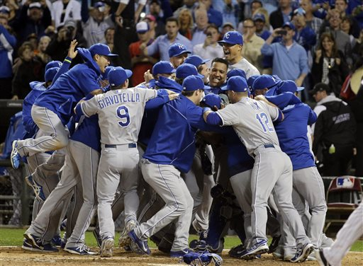 Royals Clinch Playoff Spot with Win over White Sox
