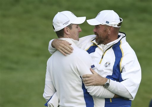 Europe Leads 10-6, Closes in on Ryder Cup