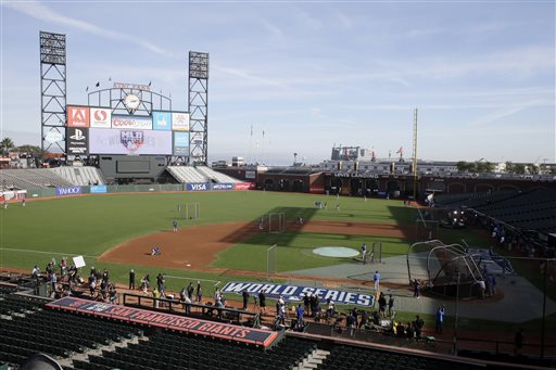 At 1-All, World Series Moves to Quirky Giants Park