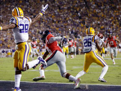 No. 24 LSU Upends No. 3 Mississippi, 10-7