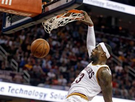 LeBron's Triple-Double Leads Cavs Past Pelicans