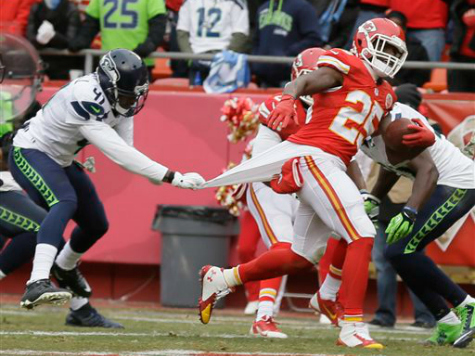 Chiefs Defense Preserves 24-20 Win over Seahawks
