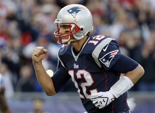 Brady Passes Patriots to 34-9 Win over Lions