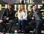 'Hunger Games' Cast Makes Pre-Opening Appearance