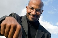 Van Jones Rallies With HI Community Organizers For Economic Fairness Justice and A State Bank