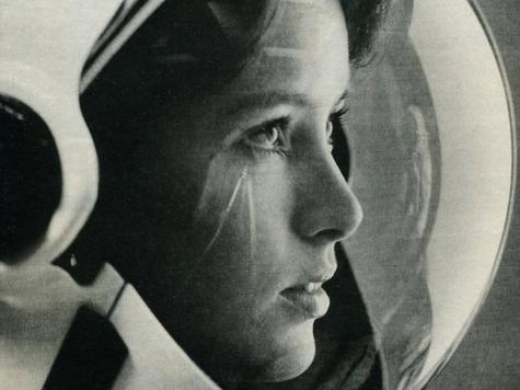 Ex-Astronaut To Child: 'Study Russian'