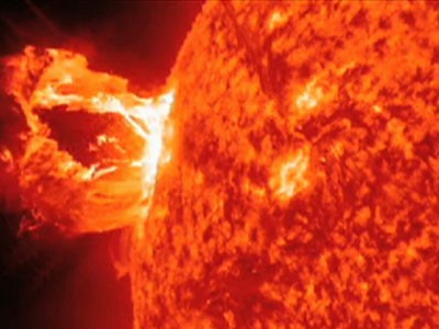 NASA Captures Dramatic Solar Flare