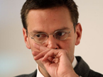 James Murdoch Pressed In UK Inquiry