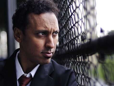 'Daily Show' Aasif Mandvi Attacks Hollywood For 'Whitewashing'