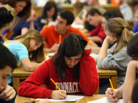 FL Lowers Bar For Students In FCAT Writing Test